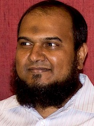Wetenschapper Ahmed Niyaz. Bron Isogem